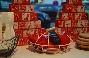 Rote Auswahl: Herzen und Weihnachtskalender